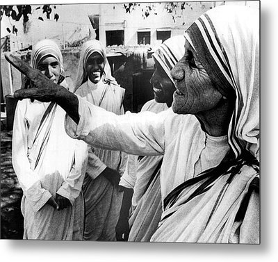 Mother Teresa Points Something Out Metal Print