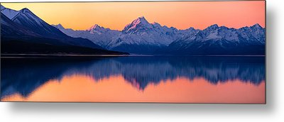 Mount Cook, New Zealand Metal Print by Daniel Murphy