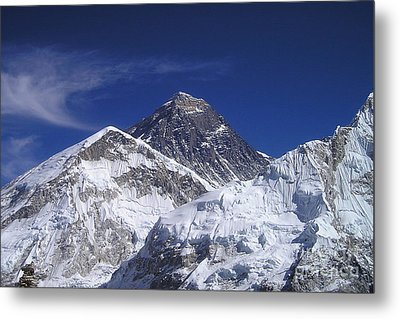 Mount Everest Metal Print by Jan Wolf