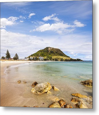 Mount Maunganui Bay Of Plenty New Zealand Metal Print by Colin and Linda McKie