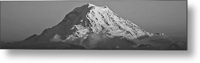 Mount Rainier Landscape Metal Print by Bob Noble Photography