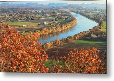 Mount Sugarloaf Connecticut River Autumn Metal Print