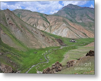 Mountain Landscape In The Tash Rabat Valley Of Kyrgyzstan Metal Print by Robert Preston
