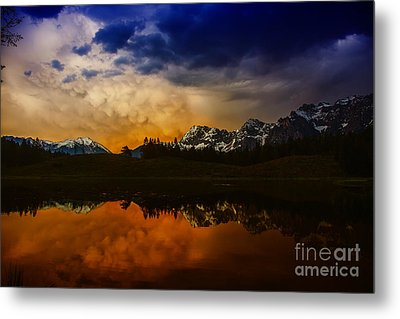 Mountainlake Metal Print