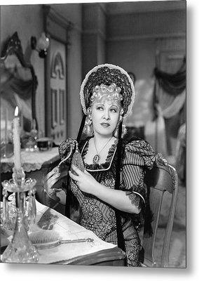 Movie Star Mae West Metal Print by Underwood Archives
