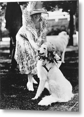 Mrs. Coolidge And Her Dog Metal Print by Underwood Archives