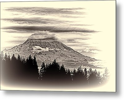 Mt. Rainier Wa In Black And White Metal Print