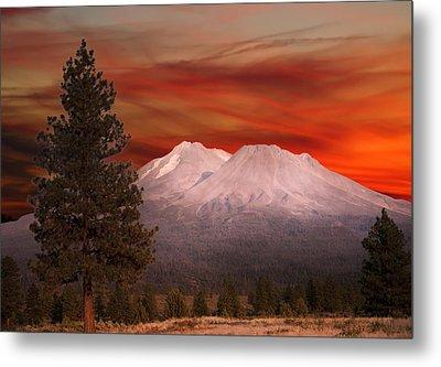Mt Shasta Fire In The Sky Metal Print