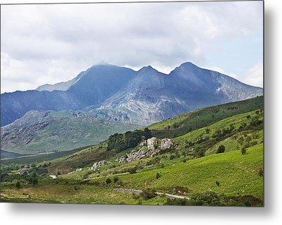 Mt Snowdon From Dyffryn Mymbyr Metal Print