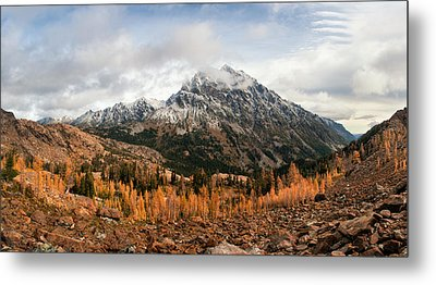 Metal Print featuring the photograph Mt. Stuart by Brian Bonham