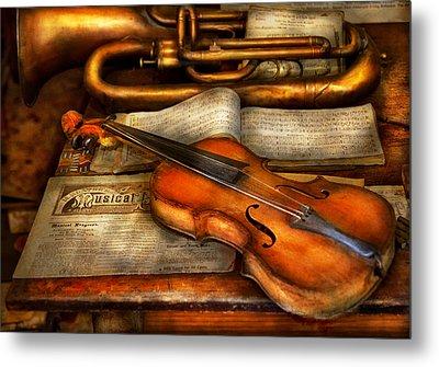 Music - Violin - Played It's Last Song  Metal Print by Mike Savad