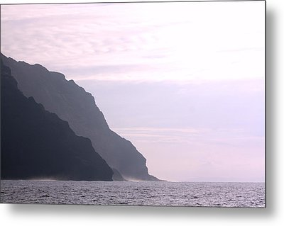 Na Pali Coast Sunset Metal Print by Diane Merkle
