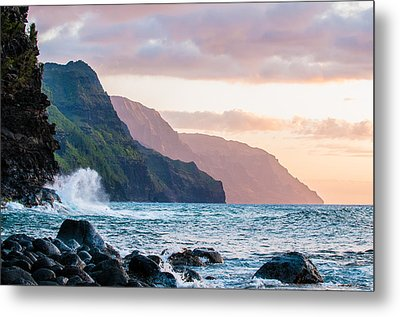 Na Pali Spray Metal Print by Adam Pender