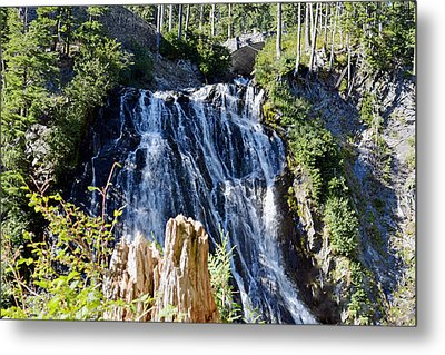 Narada Falls Metal Print by Anthony Baatz