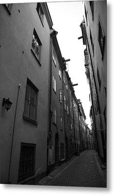 Narrow Medieval Street In Gamla Stan - Monochrome Metal Print by Ulrich Kunst And Bettina Scheidulin