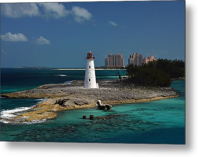Metal Print featuring the photograph Nassau Harbour Lighthouse by Bill Swartwout