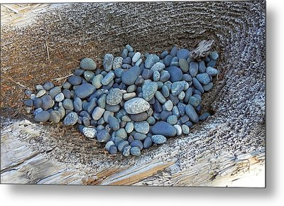 Metal Print featuring the photograph Pebble Nest by Cheryl Hoyle