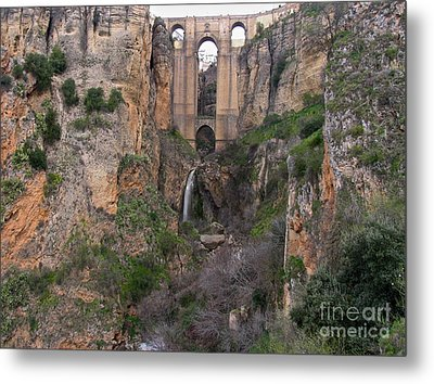 New Bridge V2 Metal Print by Suzanne Oesterling