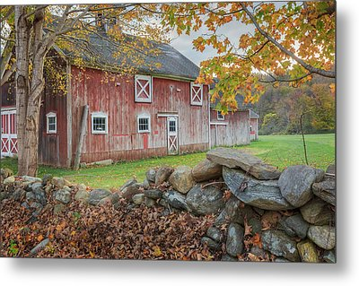 New England Barn Metal Print by Bill Wakeley