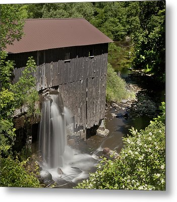 New Hope Mills  Metal Print by Richard Engelbrecht
