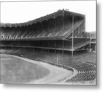 New Yankee Stadium Metal Print by Underwood Archives