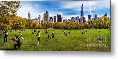 Life In New York City Metal Print by Az Jackson