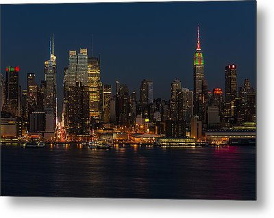 New York City Skyline In Christmas Colors Metal Print