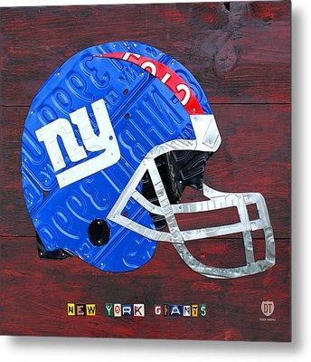 New York Giants Nfl Football Helmet License Plate Art Metal Print by Design Turnpike
