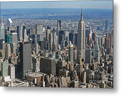 New York Manhattan Areal View  Metal Print by Lars Ruecker