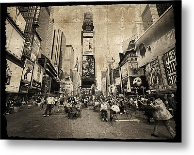 Metal Print featuring the photograph New York New York by Barbara Manis