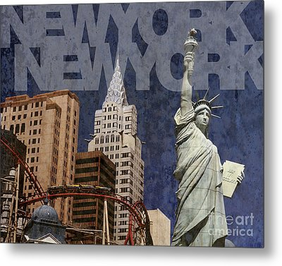 New York New York Las Vegas Metal Print by Art Whitton
