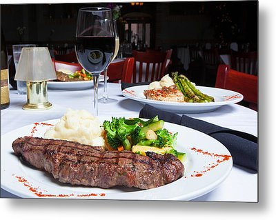 New York Strip Steak With Mashed Potatoes And Mixed Vegetables 4 Metal Print