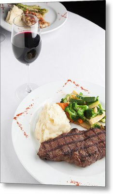 New York Strip Steak With Mashed Potatoes And Mixed Vegetables Metal Print