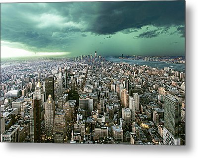 New-york Under Storm Metal Print by Pagniez