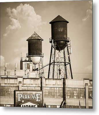 New York Water Tower 8 - Williamsburg Brooklyn Metal Print by Gary Heller