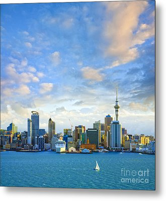 New Zealand Auckland Skyline At Sunset Metal Print by Colin and Linda McKie