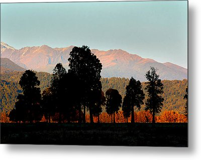 Metal Print featuring the photograph New Zealand Silhouette by Amanda Stadther