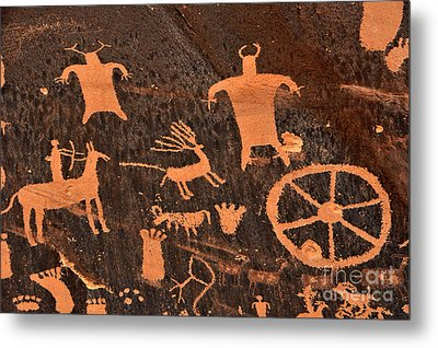 Newspaper Rock Close-up Metal Print by Gary Whitton