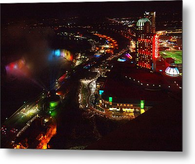 Niagara Falls Overview Metal Print by Robert Watcher