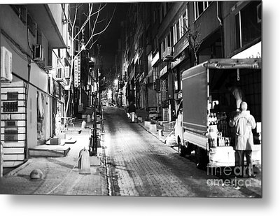 Night Delivery In Istanbul Metal Print by John Rizzuto