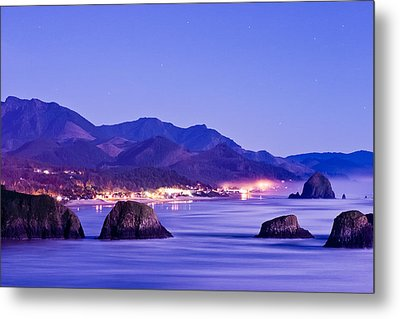 Night View Of Cannon Beach Metal Print