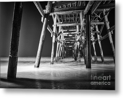 Night View Under San Clemente Pier Metal Print by Ana V Ramirez
