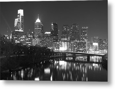 Metal Print featuring the photograph Nighttime In Philadelphia by Alice Gipson