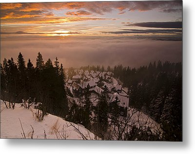 Norge Metal Print by Aaron Bedell
