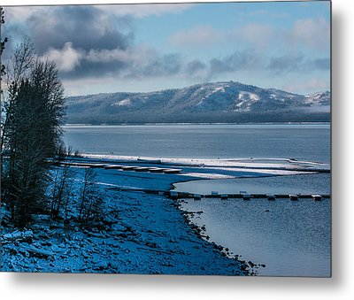 Metal Print featuring the photograph North Shore Winter Blues by Jan Davies