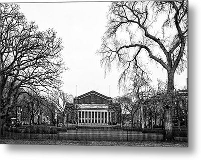 Northrop Auditorium At The University Of Minnesota Metal Print by Tom Gort