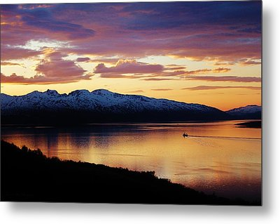 Norwegian Fjordland Sunset Metal Print by David Broome