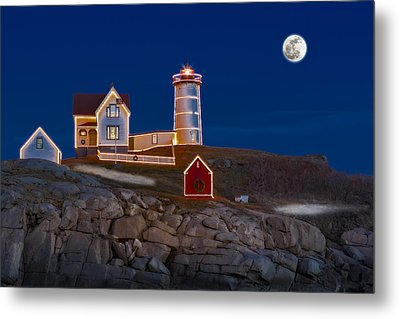 Nubble Light Cape Neddick Lighthouse Metal Print by Susan Candelario