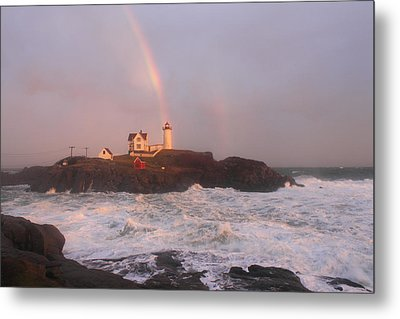 Nubble Lighthouse Rainbow And Surf At Sunset Metal Print