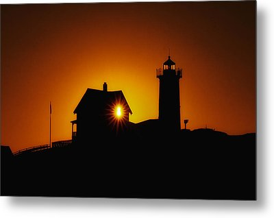 Nubble Lighthouse Sunrise Starburst Metal Print by Scott Thorp